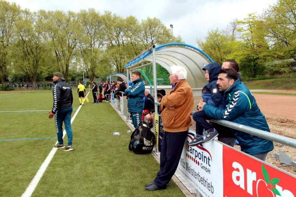 VfR II-Coach Moses Kopotz hört am Saisonende auf, aber zuvor will er mit dem Team die Klasse halten