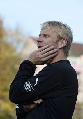 Friedrichsfeld-Coach Matthias Dehoust glaubt an den Ligaverbleib +++ Die Germania hat einen guten Lauf