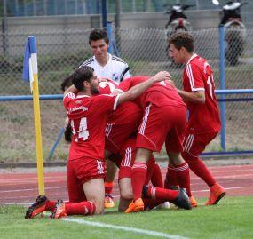 Schiedsrichter verletzt sich und der SV 98 Schwetzingen gewinnt 0:2 in Höpfingen