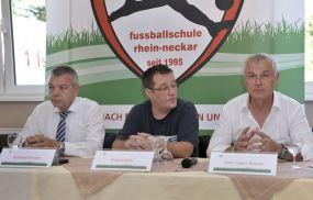 Sein 20-jähriges Bestehen feiert (SA. 11.07.) die von Fußballlehrer Hans-Jürgen Boysen geleitete 1. Fußballschule Rhein-Neckar