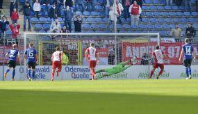 Waldhof Mannheim kassiert erste Niederlage der Saison - 0:2 gegen Offenbach - 11.575 Zuschauer im CBS