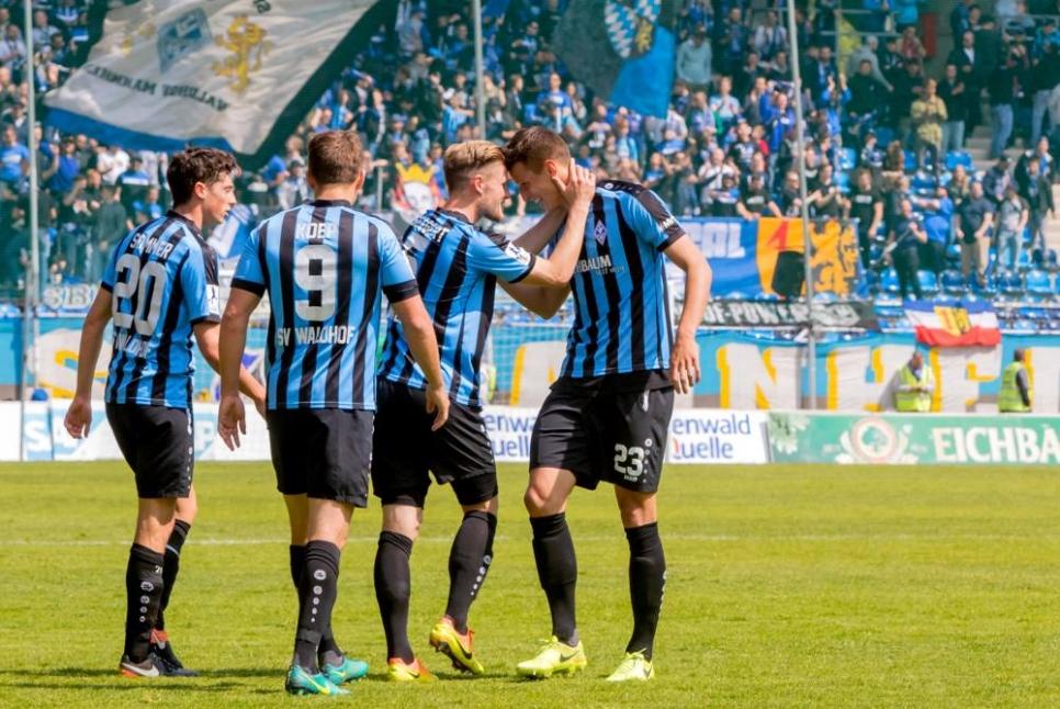 SV Waldhof sichert sich Qualifikation zu den Aufstiegsspielen zur 3. Liga ++ 4:2 (2:1) gegen Watzenborn-Steinberg