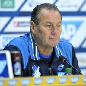 Hoffenheims Coach Huub Stevens zurückgetreten