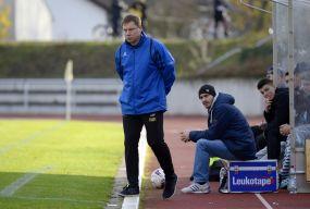 Verrückte Fußballwelt in Viernheim +++ Team zerfällt, Trainer geht - Prämien sind gekürzt - aber Oberligaaufstieg möglich