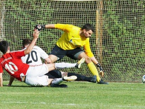 FC Türkspor Mannheim lässt beim 3:1 Sieg beim SKV Sandhofen nichts anbrennen