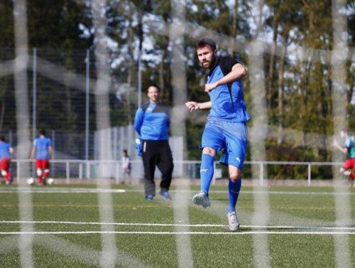 Torjäger Thorsten Kniehl wechselt zum Landesligisten ASC Neuenheim