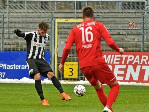 Mit einem Sieg über Jahn Regensburg will der SV Sandhausen den freien Fall in die Abstiegszone verhindern
