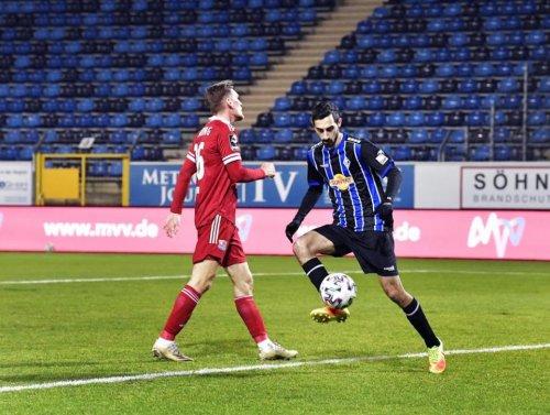 SV Waldhof mit wichtigem 2:0 Auswärtssieg in Unterhaching